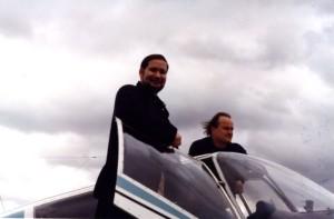 M.Hesemann a M.Kocáb před startem z příbramského letiště