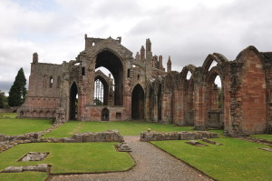melrose_abbey_01